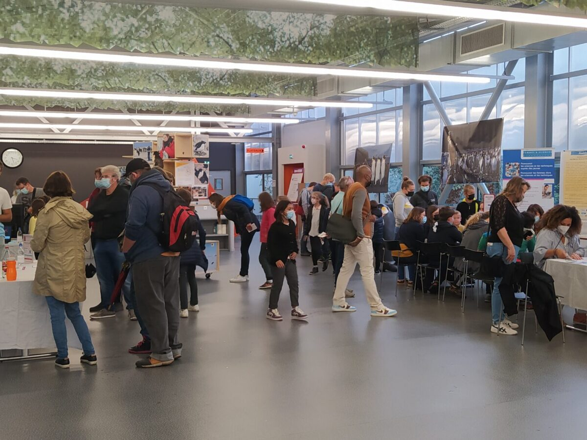 Espace Becquerel • Le campus fête la science ! • Campus de Cronenbourg, Strasbourg • Fête de la Science 2021 © Sophie Le Ray, CNRS